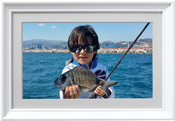 cornice-bianca-conero-pesca-barca